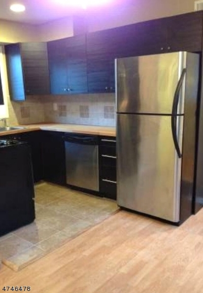 Morristown Town NJ Condo/Townhouse For Sale: $245,000