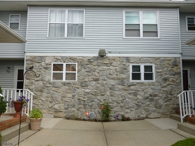 Piscataway Twp. Condo/Townhouse For Sale: 321 Ventnor Ct #321