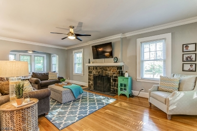 Maplewood Twp. Single Family Home For Sale: 1 Rutgers St