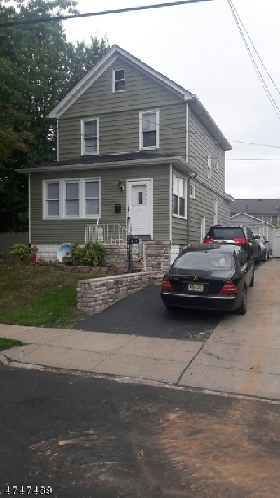 LINDEN Single Family Home For Sale: 611 Essex Ave