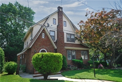 Maplewood Twp. Single Family Home For Sale: 6 Borden Ter
