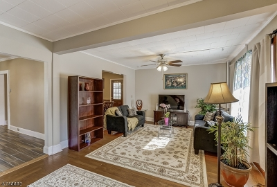 Union Twp. Single Family Home For Sale: 964 Union Ter