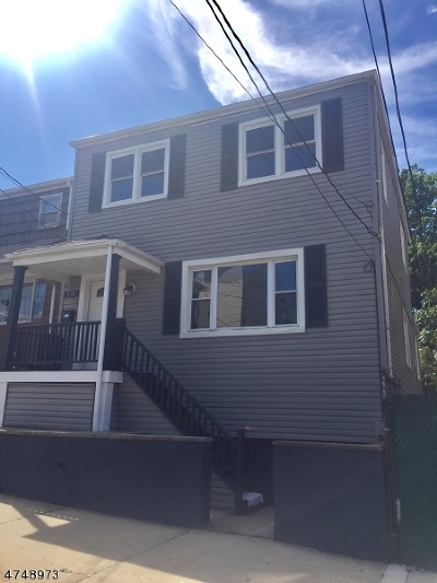Kearny Town Single Family Home For Sale: 10 Dukes St