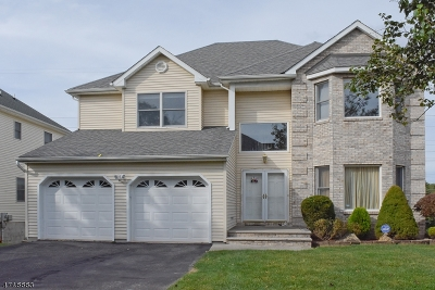 Parsippany-Troy Hills Twp. Single Family Home For Sale: 52 Seasons Glen Dr
