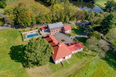 Essex County, Morris County, Union County Single Family Home For Sale: 2 Dicksons Mill Road