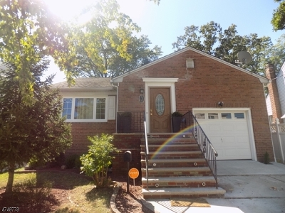 LINDEN Single Family Home For Sale: 513 Maple Ave