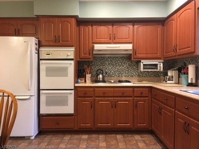 Union Twp. Single Family Home For Sale: 628 Robinson Ter