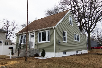 Piscataway Twp. Single Family Home For Sale: 36 Kossuth St