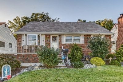 Woodbridge Twp. Single Family Home For Sale: 150 Worth St