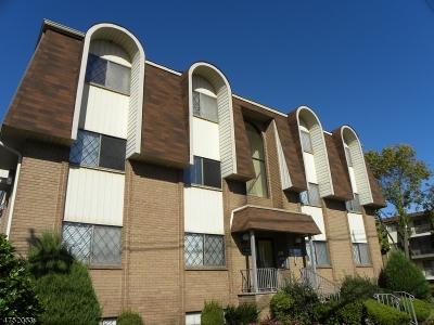Linden City Condo/Townhouse For Sale: 1190 West Saint Georges Ave #C24