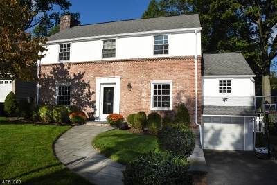 Millburn Twp. Single Family Home For Sale: 9 Claremont Dr