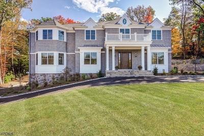 Livingston Single Family Home For Sale: 46 Westmount Dr