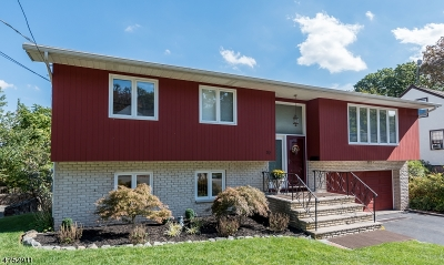 West Orange Twp. Single Family Home For Sale: 32 Collamore Ter