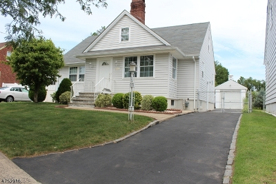 Union Twp. Single Family Home For Sale: 2085 Vauxhall Rd