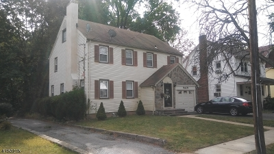 Maplewood Twp. Single Family Home For Sale: 22 Coolidge Rd