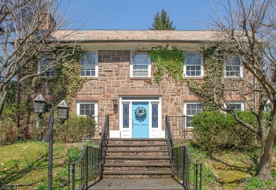 West Orange Twp. Single Family Home For Sale: 11 Wildwood Ave