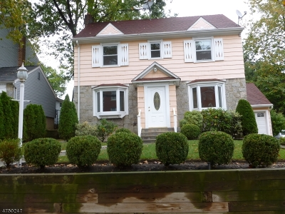 Nutley Twp. Single Family Home For Sale: 302 Chestnut St