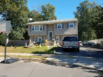 Woodbridge Twp. Single Family Home For Sale: 900 Diane Ct
