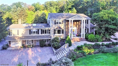 WATCHUNG Single Family Home For Sale: 51 Carrar Dr