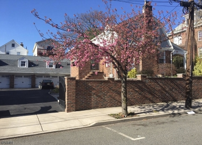 Kearny Town Single Family Home For Sale: 170 Hoyt St