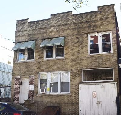 Newark City Multi Family Home For Sale: 81 Stone St