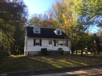 Morris Plains Boro Single Family Home For Sale: 31 Malapardis Rd
