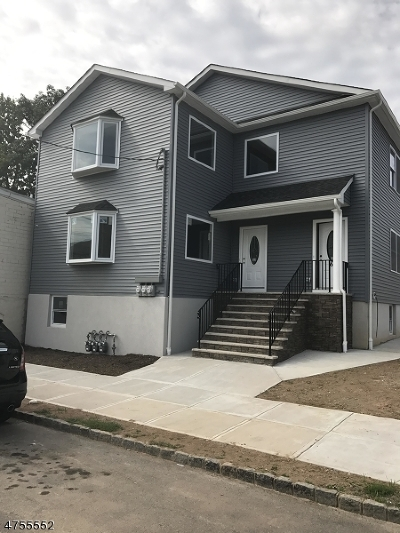 Belleville Twp. Multi Family Home For Sale: 17 N 8th St