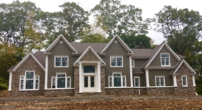 WATCHUNG Single Family Home For Sale: 1293 Johnston Dr