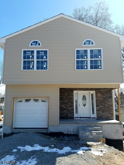Parsippany Single Family Home For Sale: 50 Calumet Ave