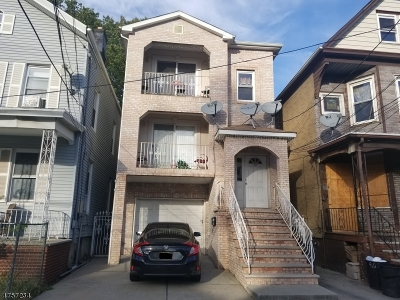 Elizabeth City Multi Family Home For Sale: 945 Flora St