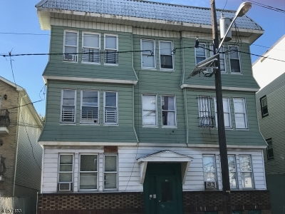 Multi Family Home For Sale: 246-248 Nye Ave