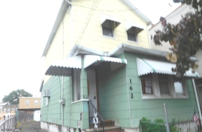 Belleville Twp. Multi Family Home For Sale: 162 Belmont Ave