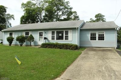 Old Bridge Twp. Single Family Home For Sale: 224 Brookside Ave