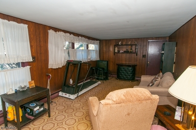 Piscataway Twp. Single Family Home For Sale: 524 Shirley Pkwy