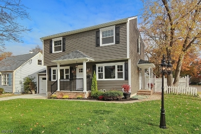 Union Twp. Single Family Home For Sale: 147 Hickory Rd