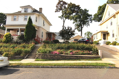 Belleville Twp. Single Family Home For Sale: 171-175 Overlook Ave