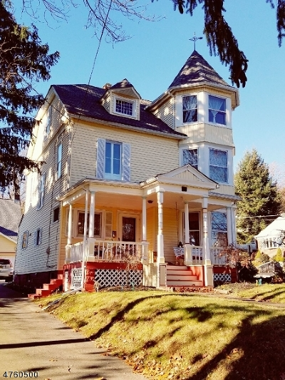 Morristown Single Family Home For Sale: 74 Mills St