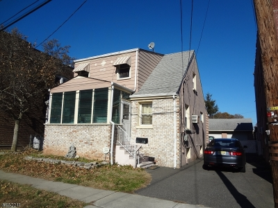 Perth Amboy City Single Family Home For Sale: 340 Leon Ave