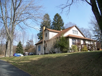 Warren County Single Family Home For Sale: 43 Hope Rd