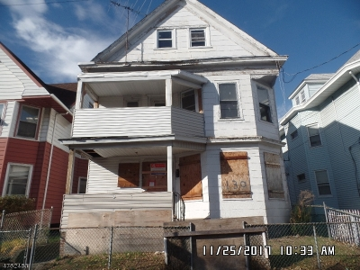 Multi Family Home For Sale: 130 E 21st St