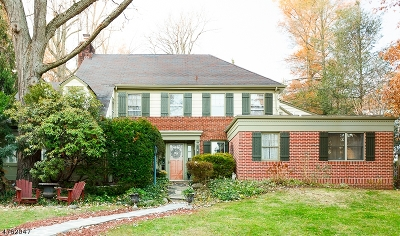 Maplewood Twp. Single Family Home For Sale: 50 Claremont Drive
