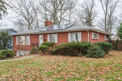 West Orange Twp. Single Family Home For Sale: 1 Rock Spring Rd