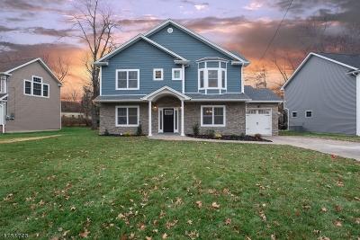 Livingston Twp. Single Family Home For Sale: 5 Deerfield Rd