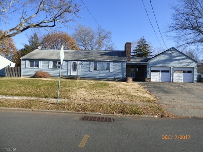 Warren County Single Family Home For Sale: 2 Lawrence Dr