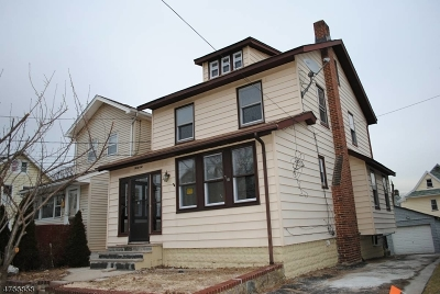 Belleville Twp. Single Family Home For Sale: 32 Bell St