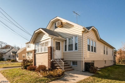 Totowa Boro Single Family Home For Sale: 89 William Pl