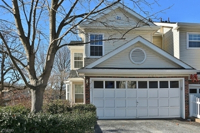 Denville Twp. Condo/Townhouse For Sale: 2101 Middlefield Ct