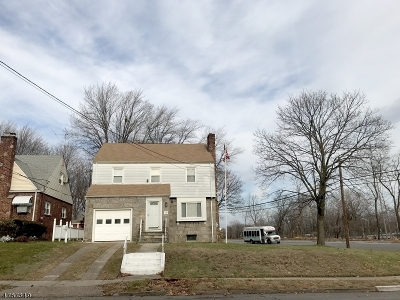 Passaic City Single Family Home For Sale: 28 Howard Ave