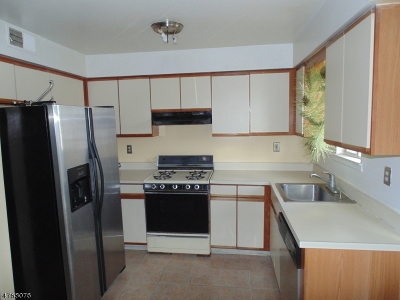 Hillside Twp. Condo/Townhouse For Sale: 1201b Liberty Ave