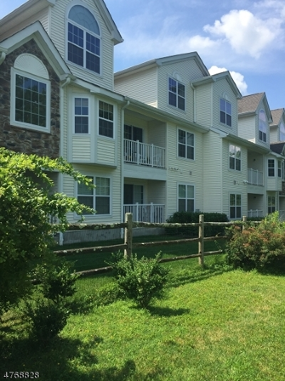 Roxbury Twp. Condo/Townhouse For Sale: 10 Pondside Dr